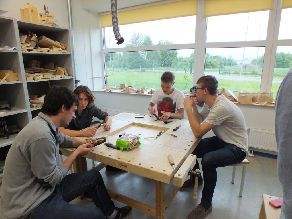 103 Workshops for students