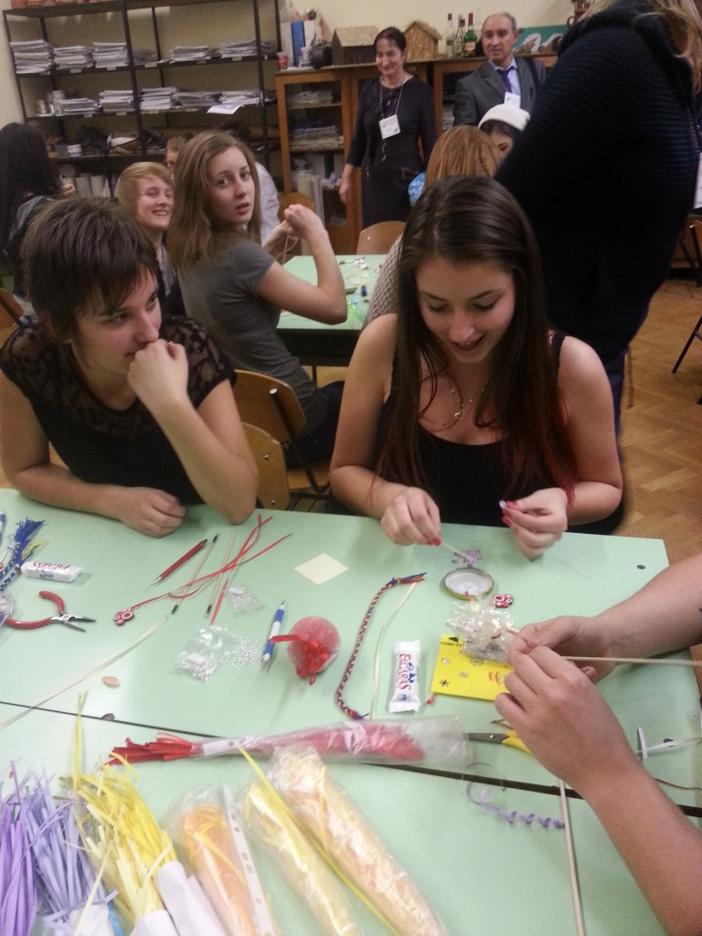11Students at workshop with a local artist