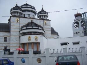 135 Visiting Mioveni church
