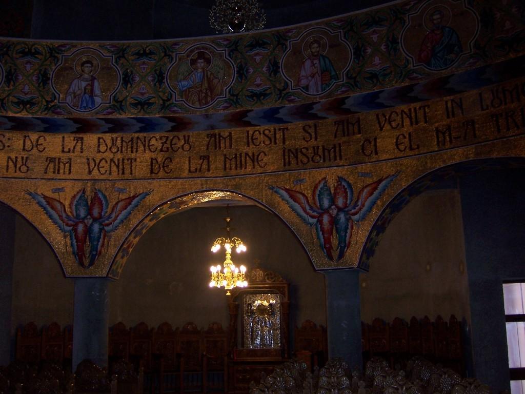 137 Visiting Mioveni church