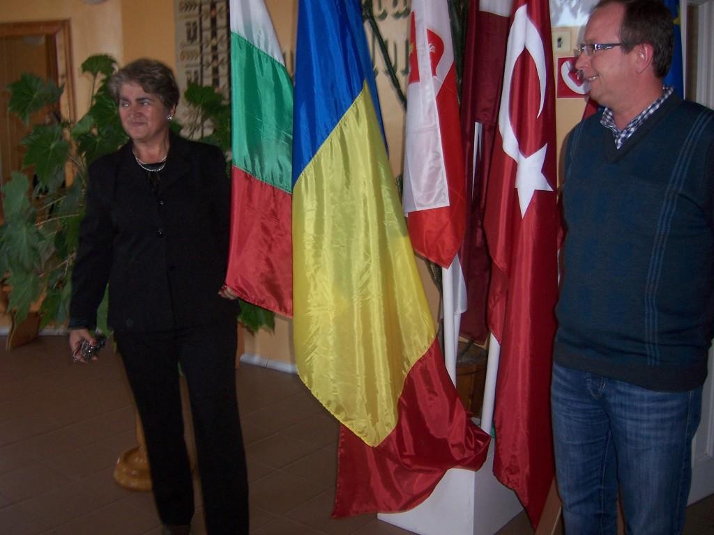 42 Flags of partner schools