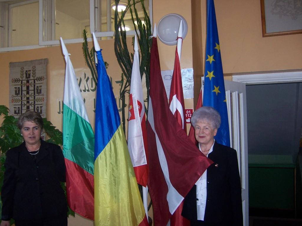 43 Bulgarian and Latvian headmistresses