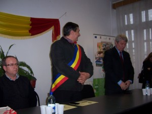 82 Visiting Costesti Town Hall