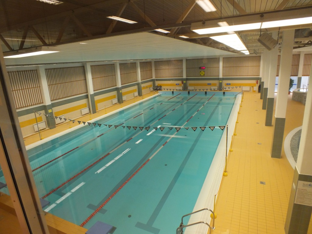 89 Swimming pool