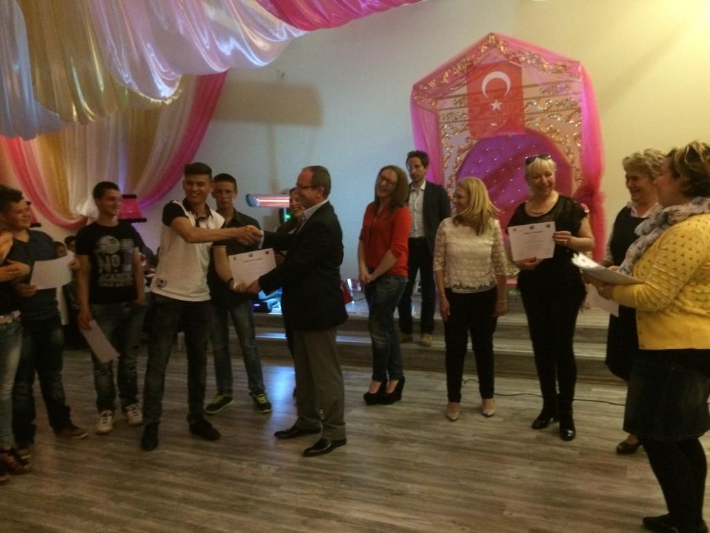 157 Presenting certificates