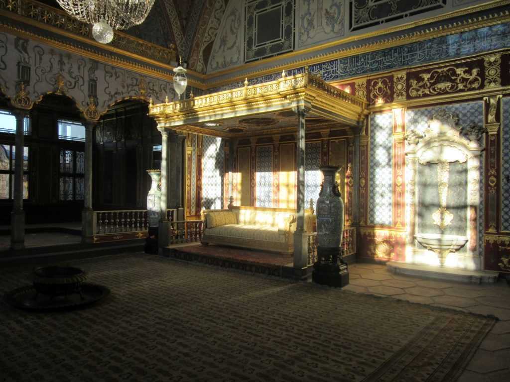25. In the Sultan's room