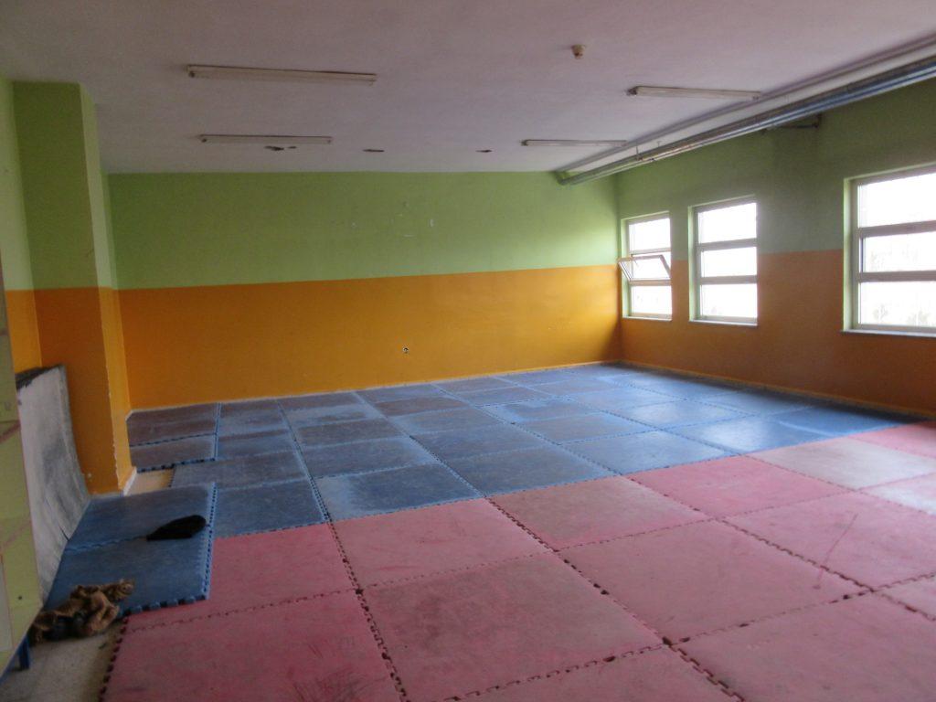 33. School gym