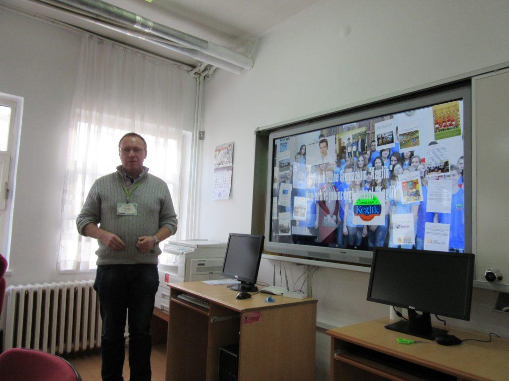 66. Polish teacher presenting his school