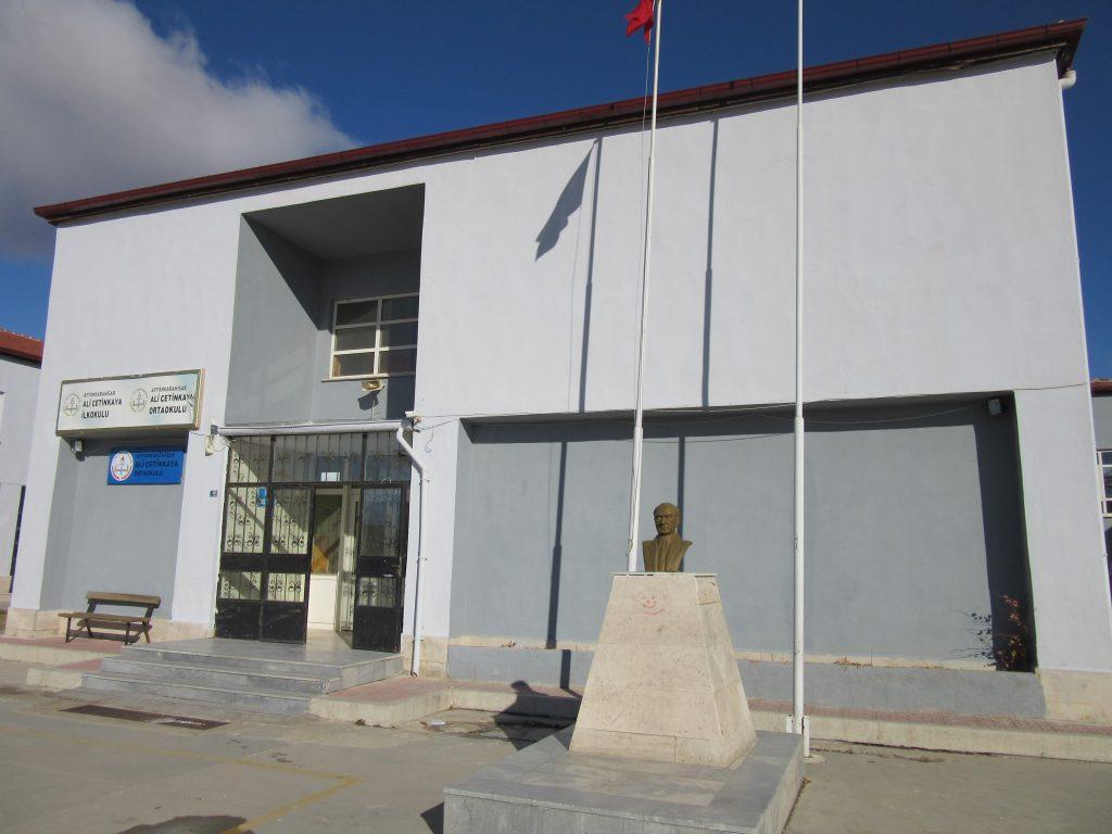 72. Ali Çetinkaya Ortaokulu school building