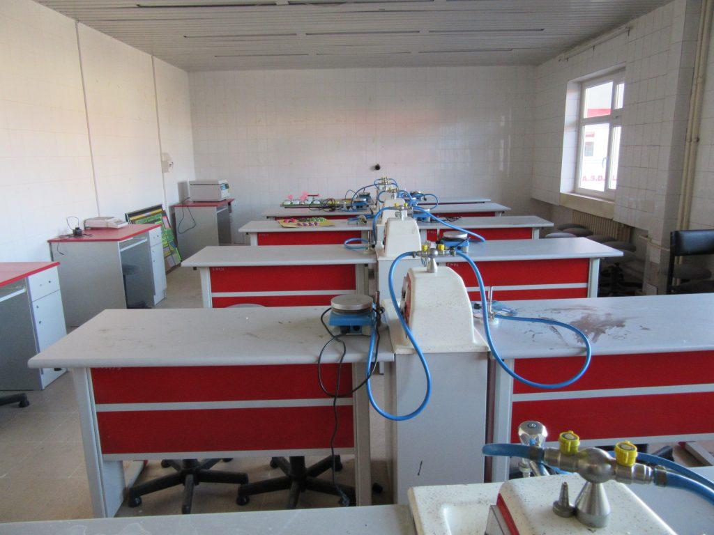 80. Chemistry room