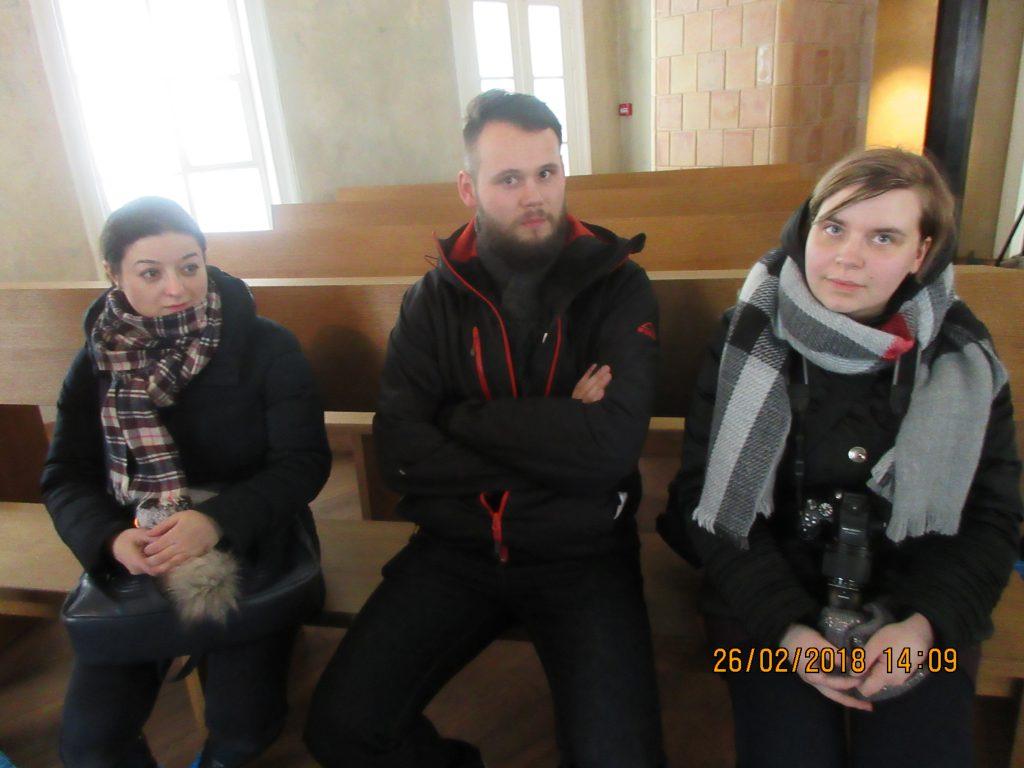 26. Tour around the synagogue