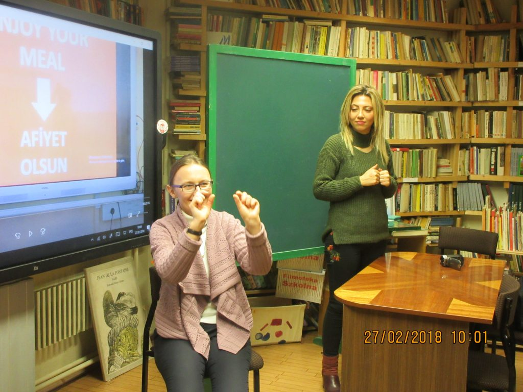 44. Learning the sign language