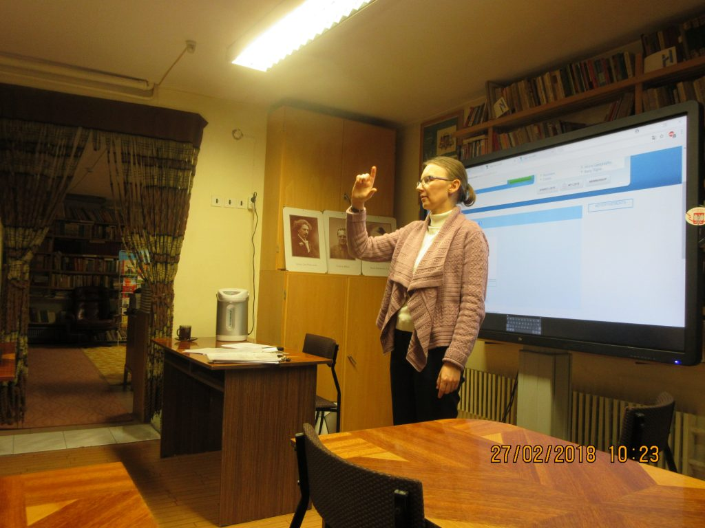 46. Learning the sign language