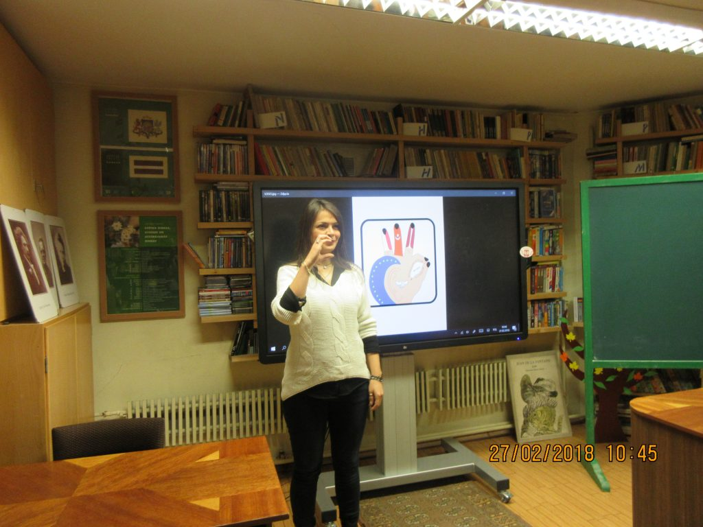 53. Learning the sign language