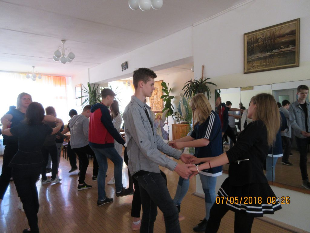 3. Learning Latvian folk dances