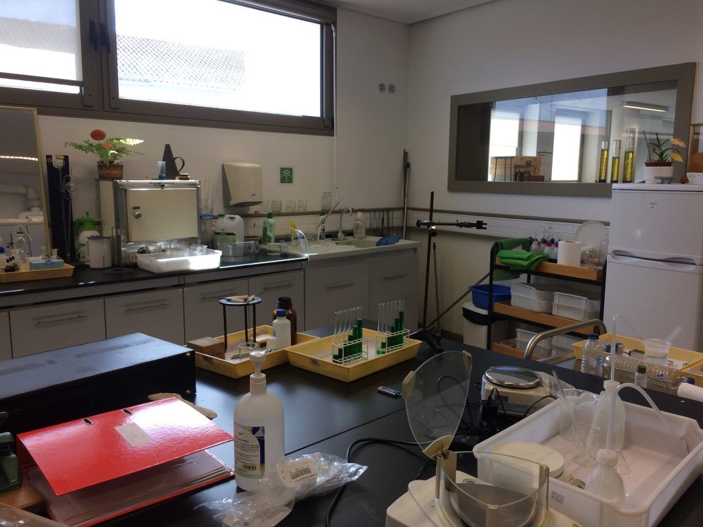 32. Chemistry lab