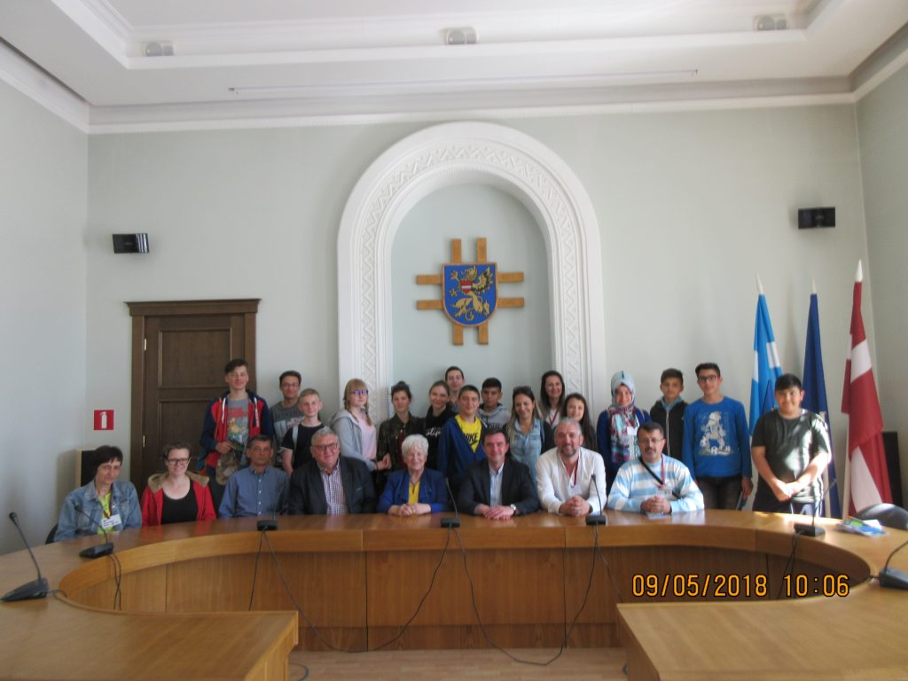 62. In the city council hall